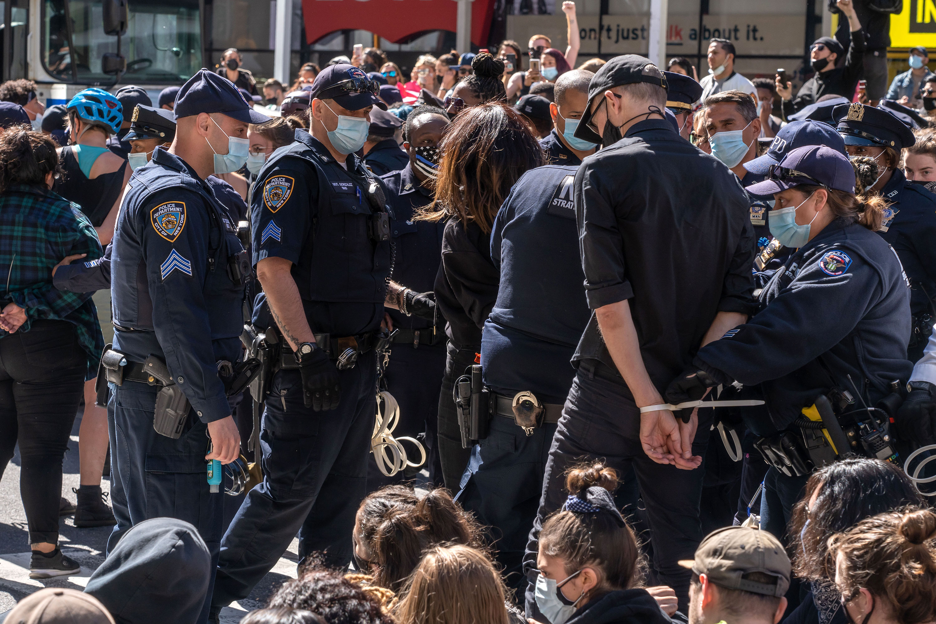 New York police arrest 86 anti-ICE protesters