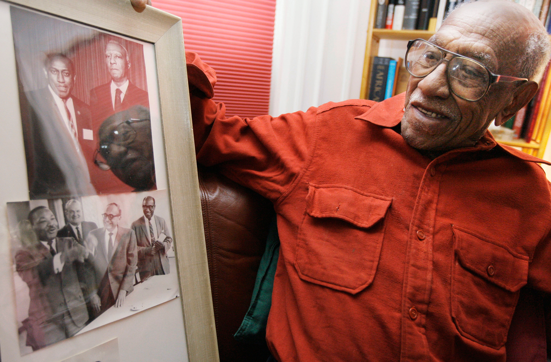Civil rights leader Timuel Black dies at 102