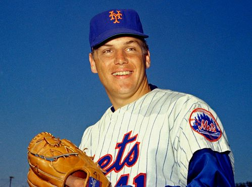 Image for Tom Seaver, Hall of Fame pitcher, dies at 75