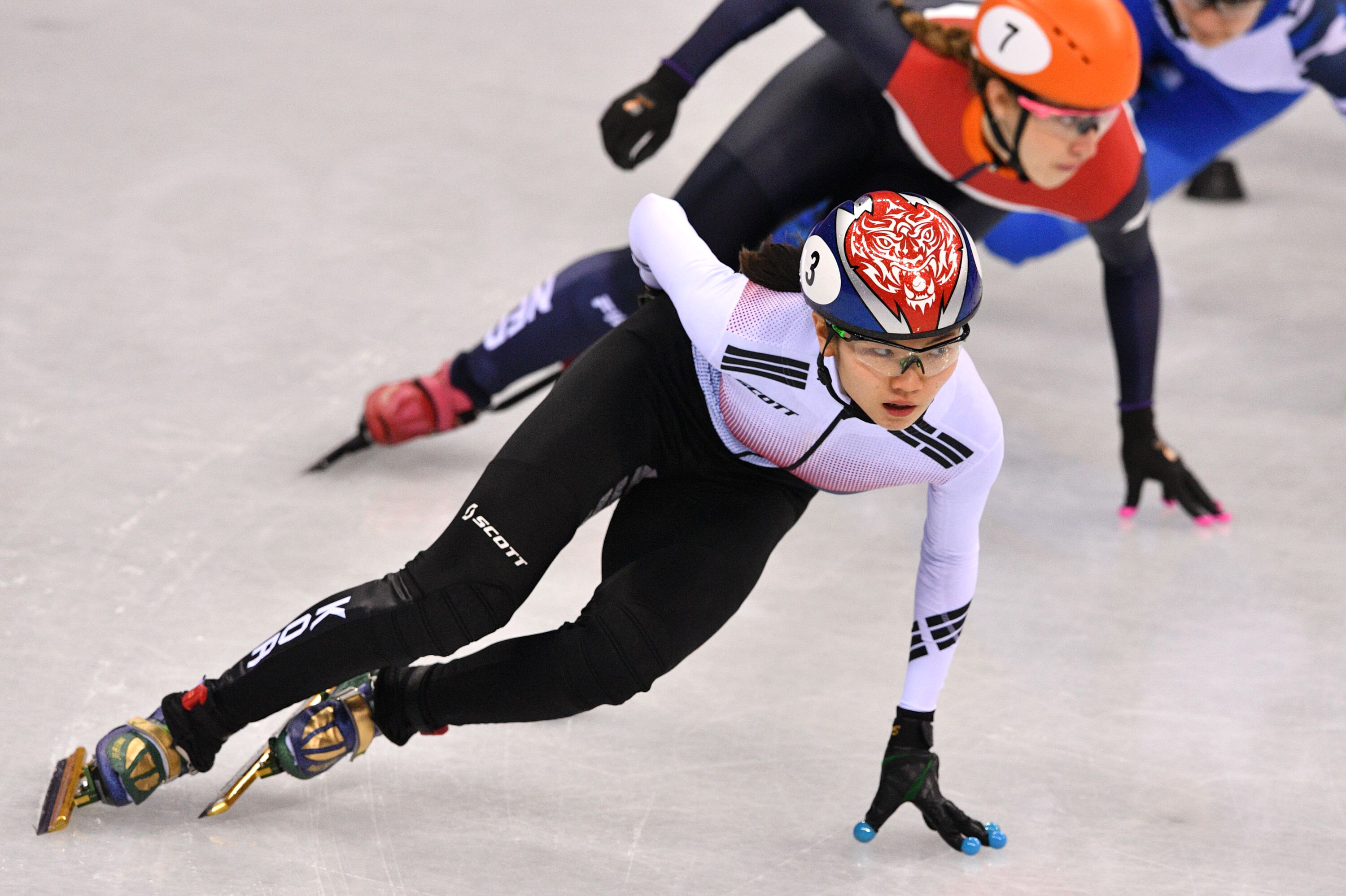 South Korean speed skater Shim Suk-hee barred from training following leaked text messages