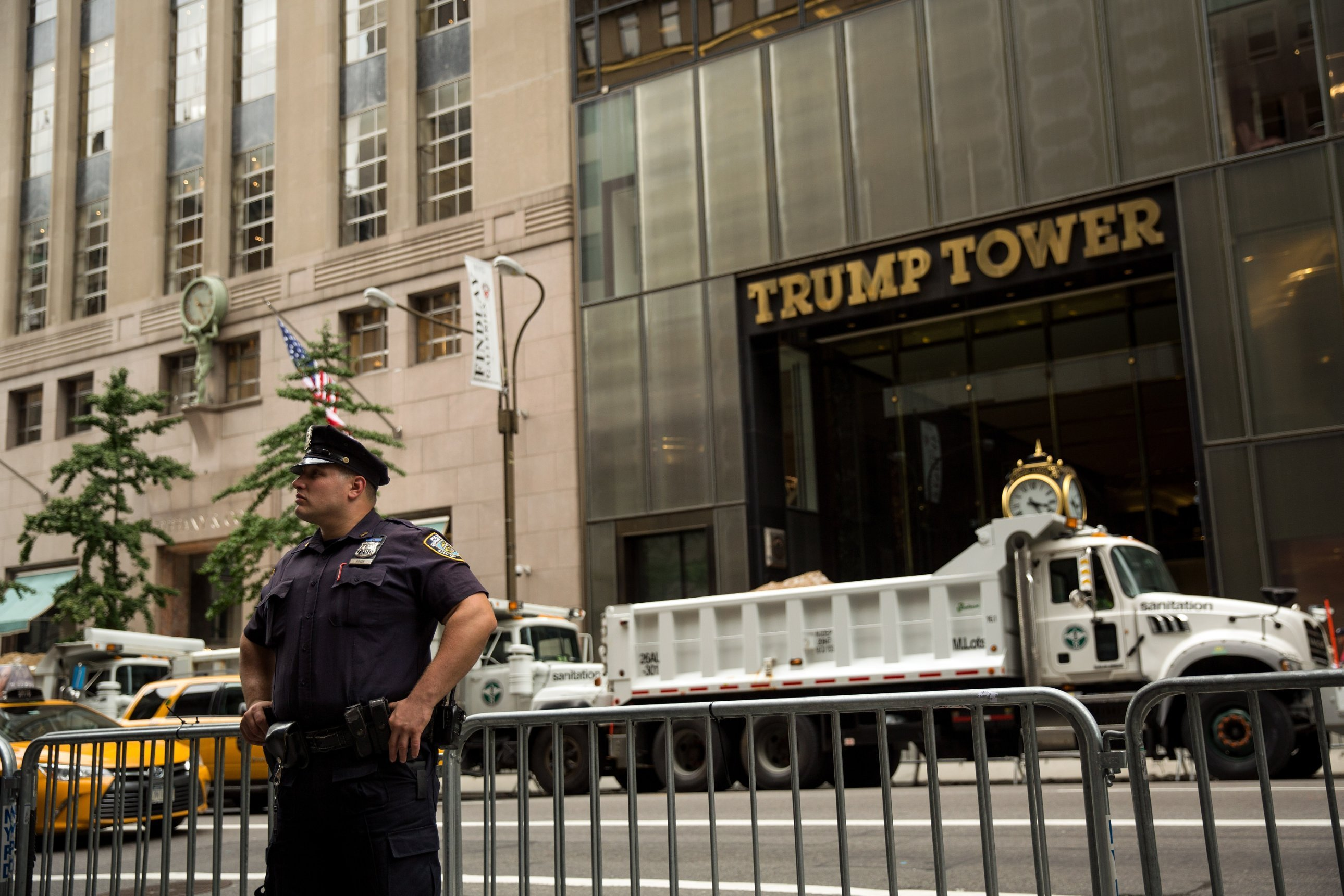 New York police are investigating thefts of jewelry worth over $350,000 from Trump Tower