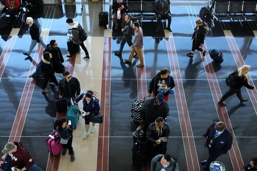 Image for A record number of fliers expected around Thanksgiving, TSA says