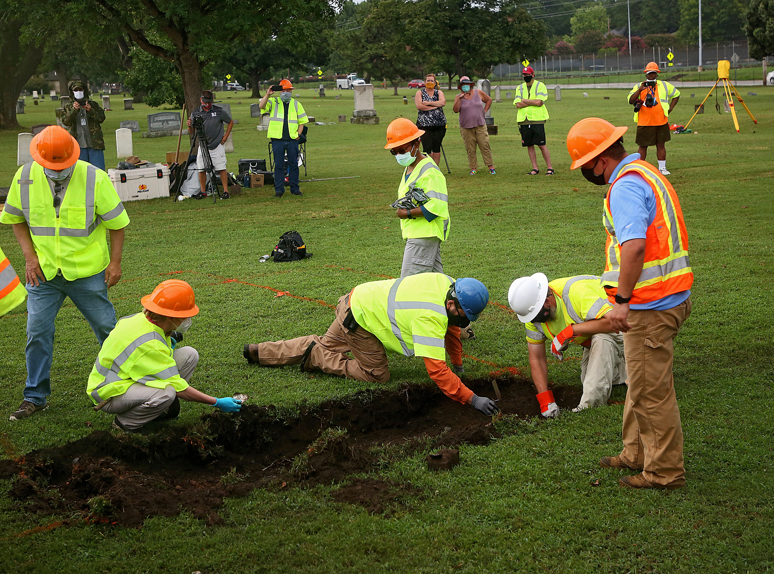 Search for a potential mass grave from the 1921 Tulsa race massacre enters second day
