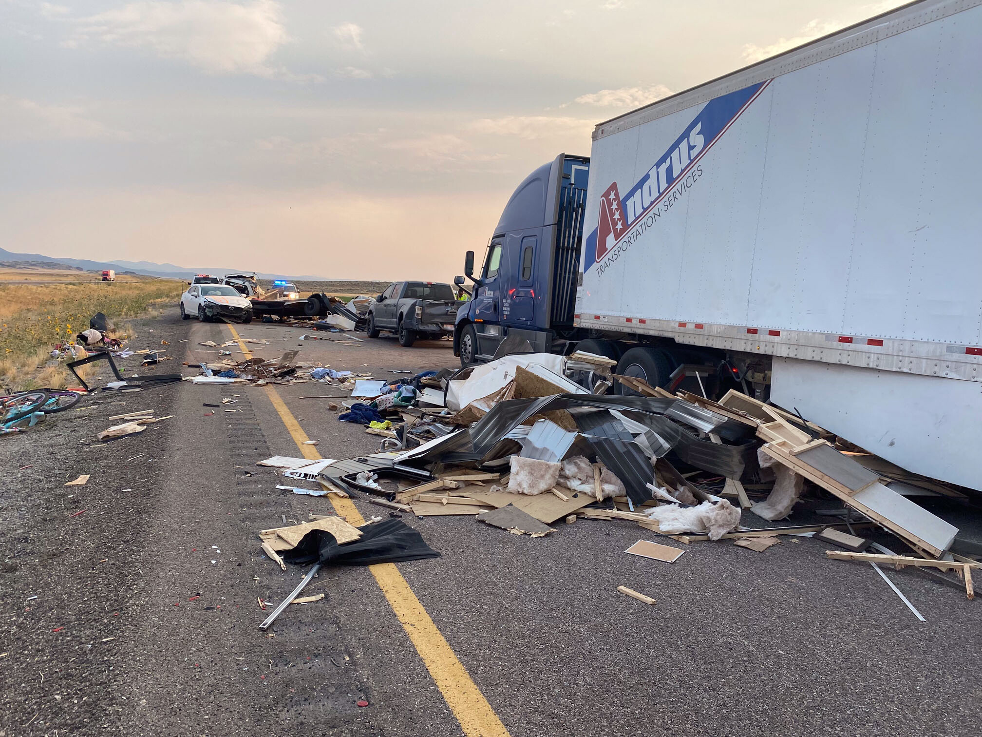 7 people are dead and several more injured after sandstorm leads to 20 vehicle crash in Utah