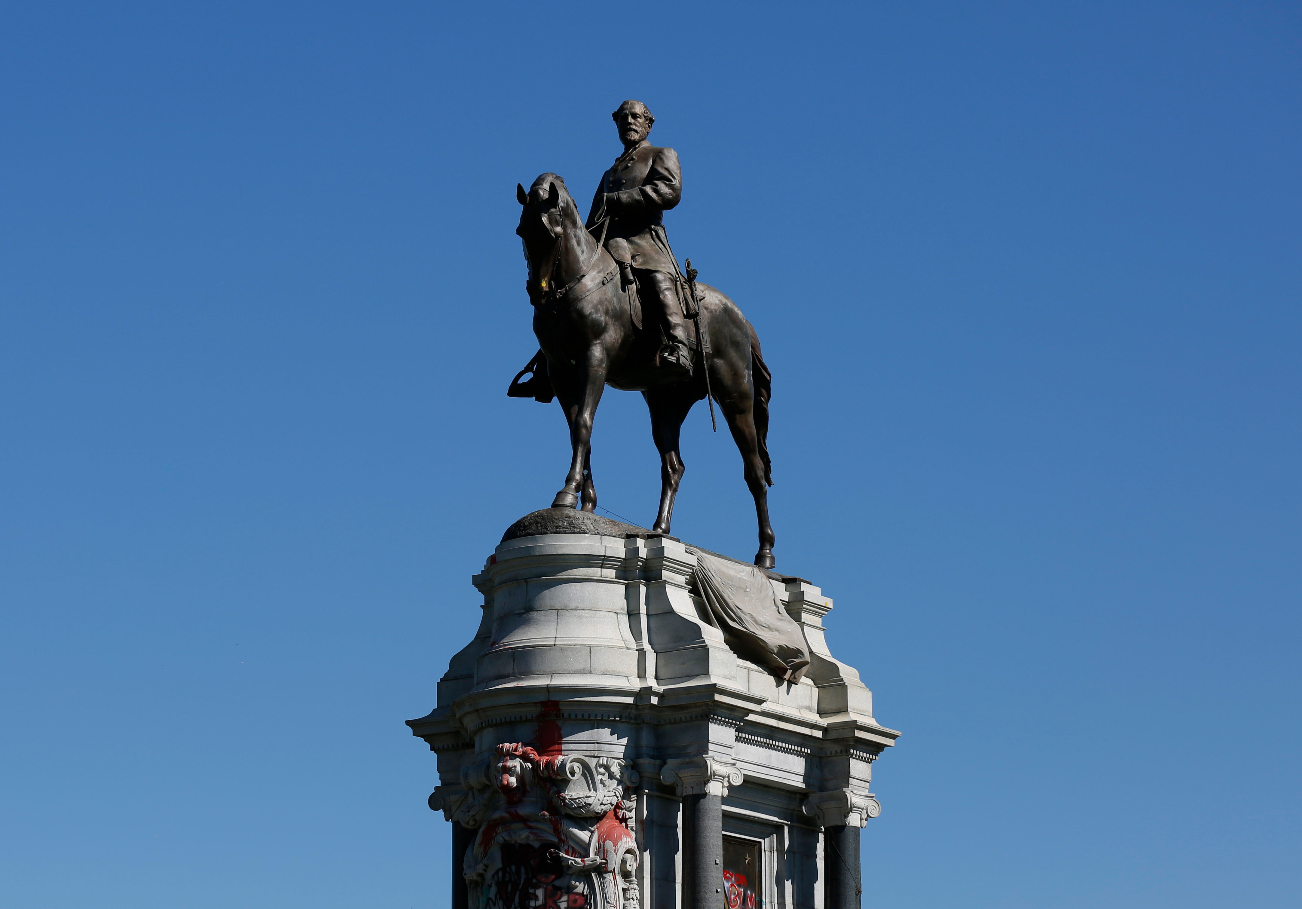 Robert E. Lee statue in Virginia's capital will come down Wednesday, officials say
