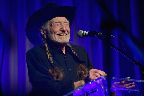 Image for Country Music Legend Willie Nelson gets his Covid-19 Vaccination