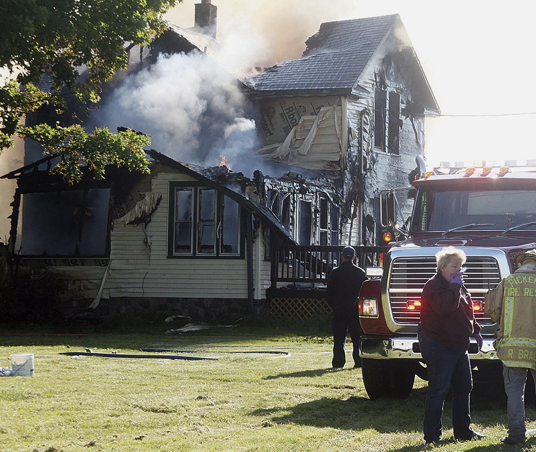 6 dead, including 4 children, in Wisconsin house fire