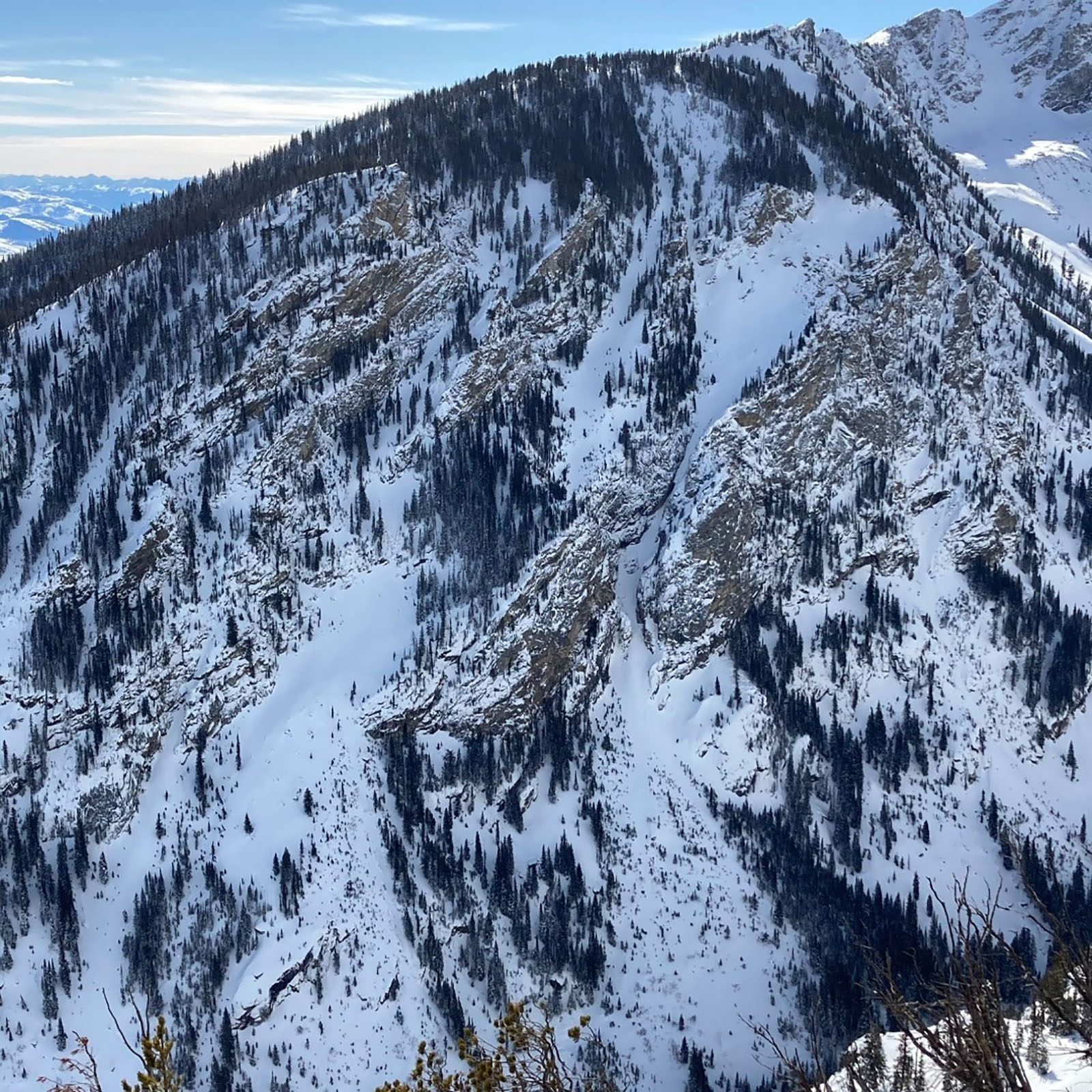 Avalanche kills skier in Wyoming national park