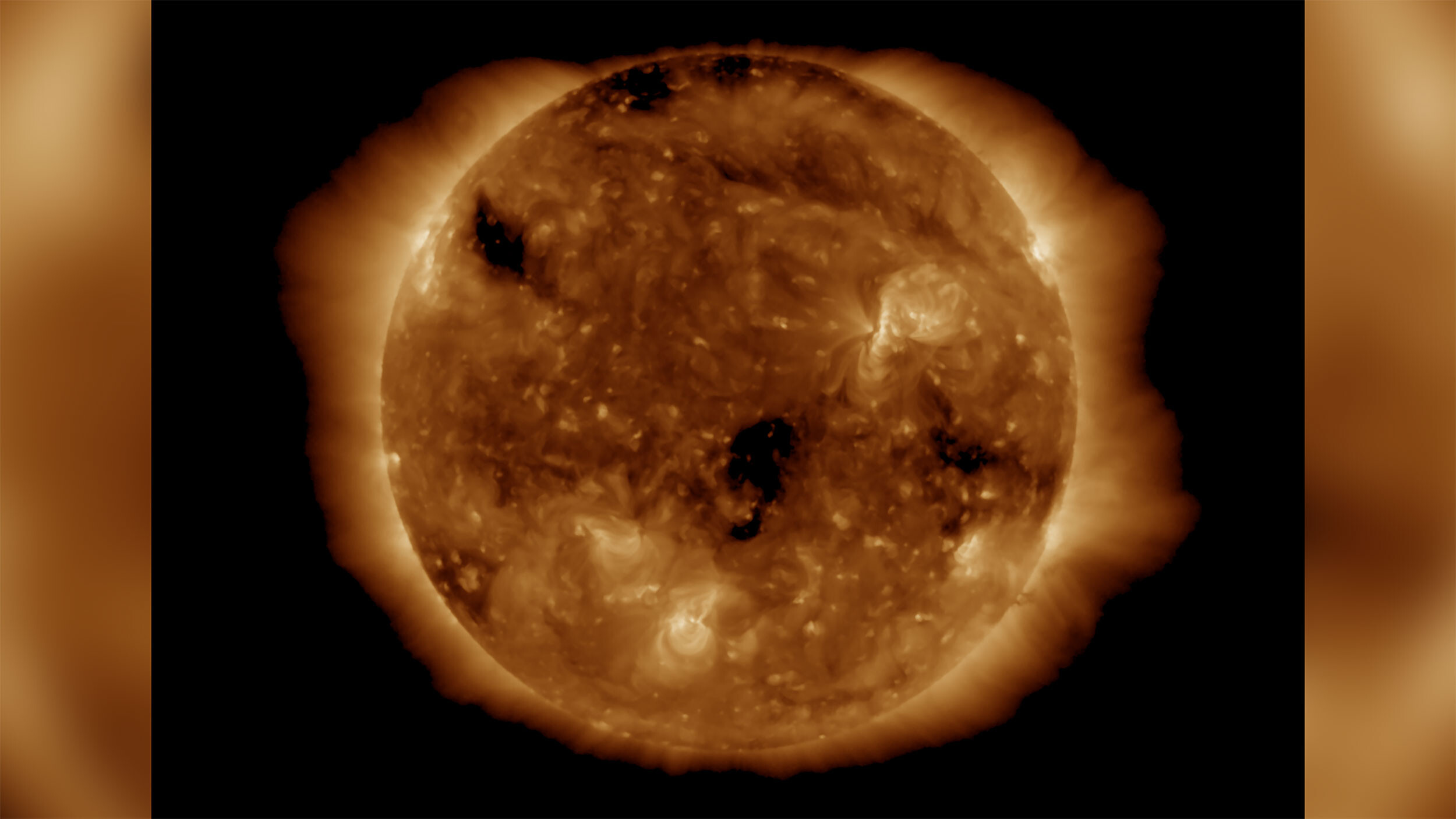 Northern Lights shimmer farther south than usual tonight as geomagnetic storm hits Earth
