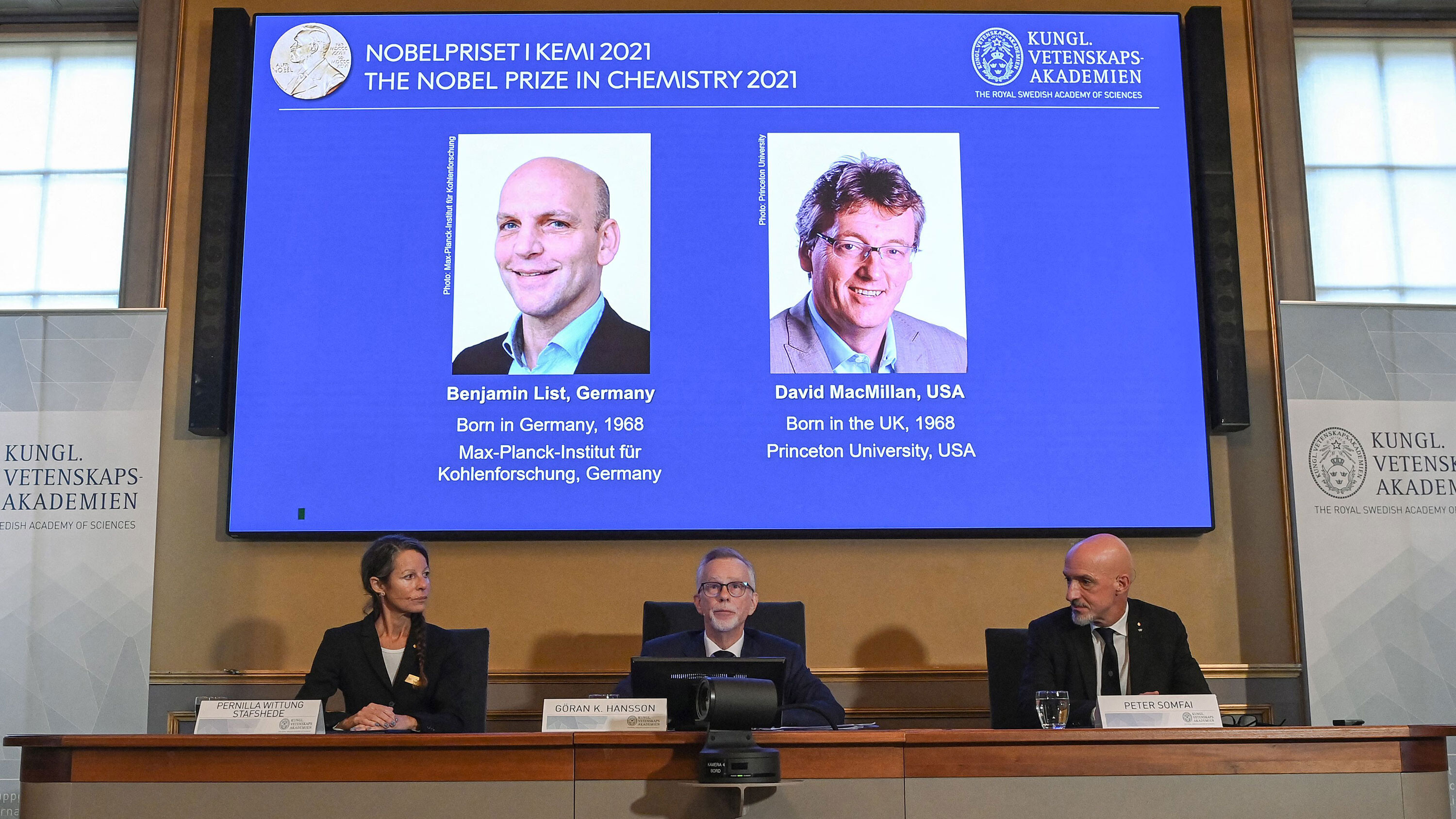 Nobel Prize in chemistry awarded for 'simple' yet 'ingenious' discovery