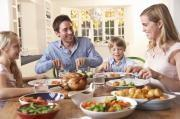 Discover the Importance of Family Dinners from Cincinnati's Best Babysitters