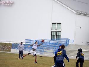 Dawon Dicks action photo