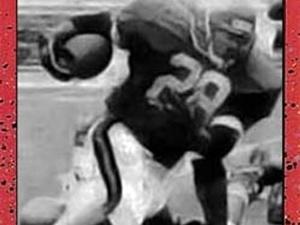 Cleon Jones Jr. action photo