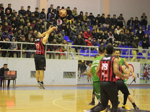Sanar S. action photo