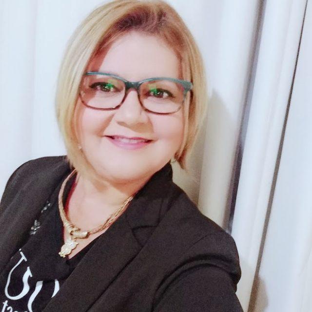 Vera Lucia Oliveira