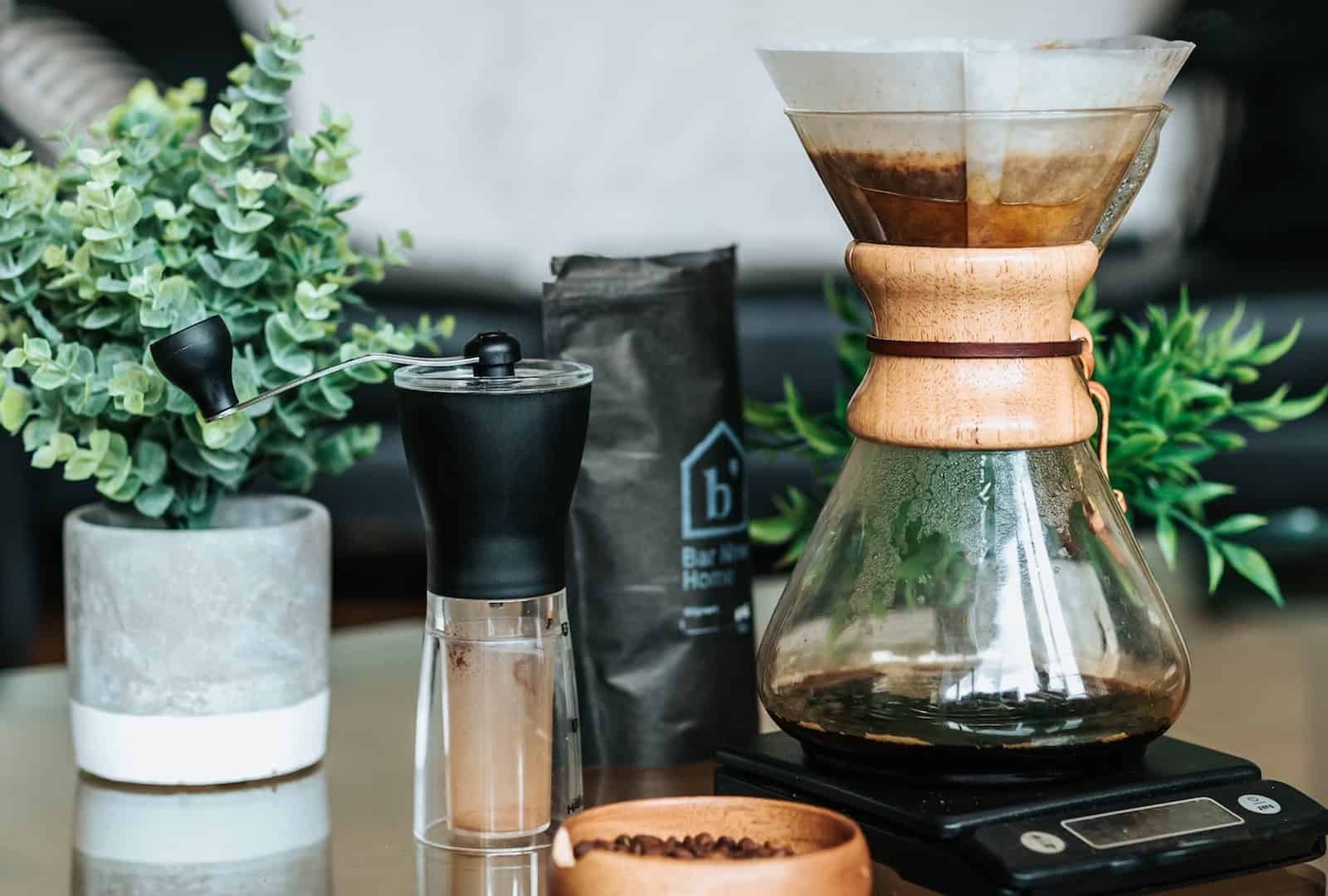 chemex pour over coffee maker with accessories