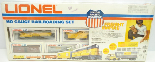 Lionel 5-2782 Union Pacific HO Scale Train Set - - Trainz