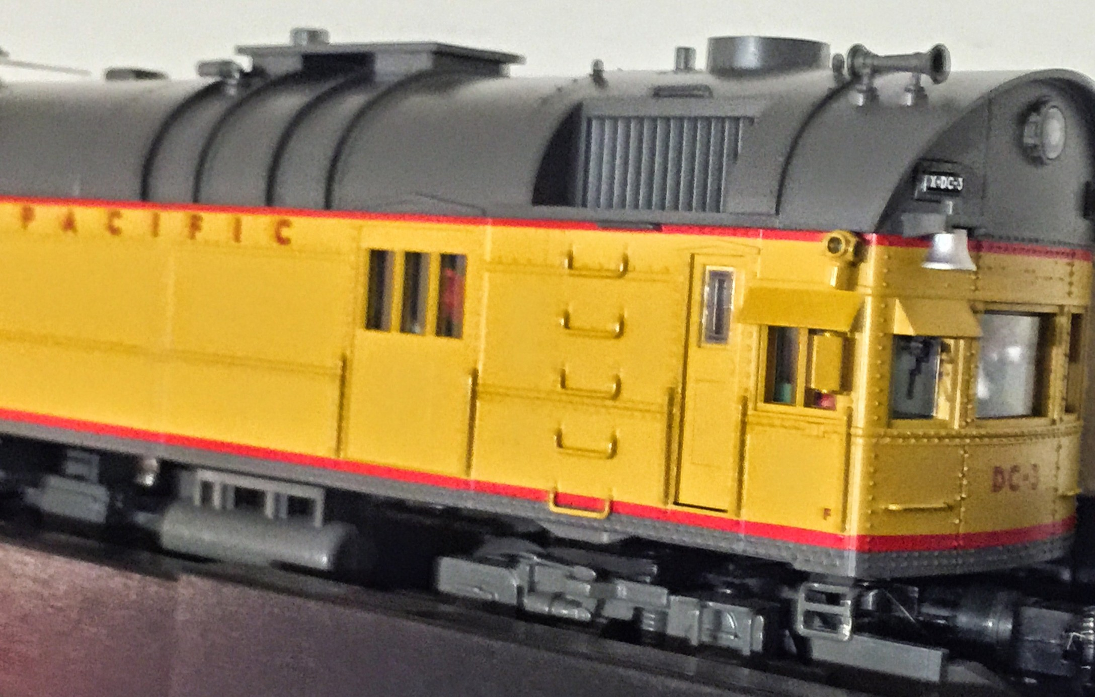 MTH 20-20340-1 Union pacific DC-3 Rail Inspection Car With