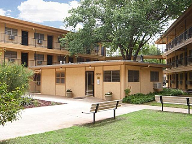 College Apartments In Lubbock College Student Apartments