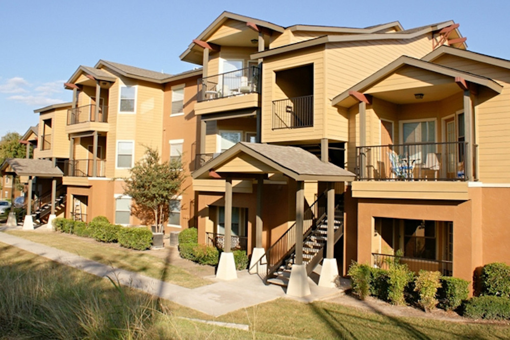 College Apartments in San Marcos | College Student Apartments