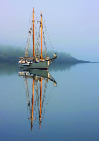 Schooner american eagle at anchor