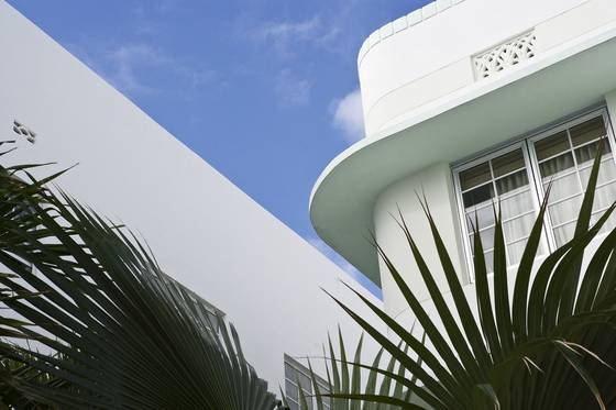 Courtyard deco