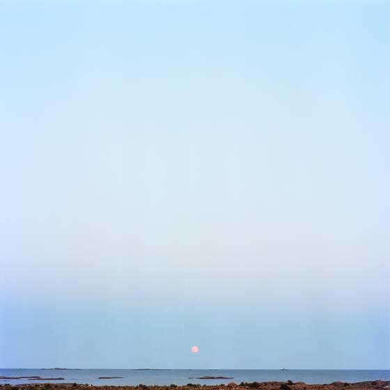 Moon over uto