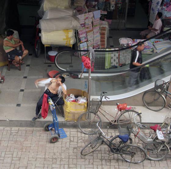 Wholesale markets 10