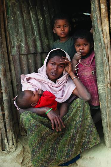 Myanmar refugee family