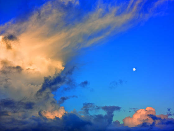 Moon and thunderhead