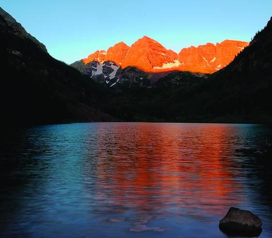 Maroon bells at sunrise