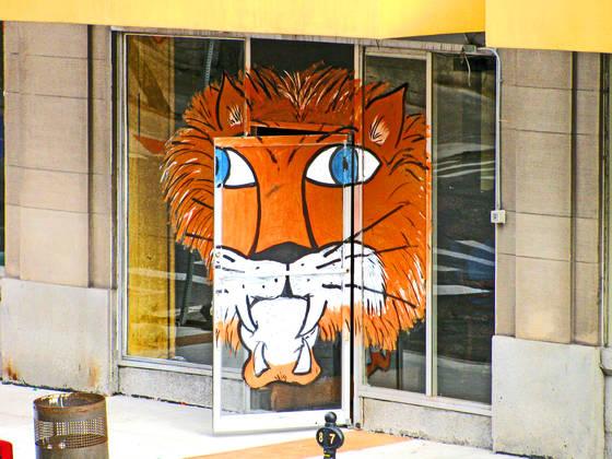 Sportsbar tiger