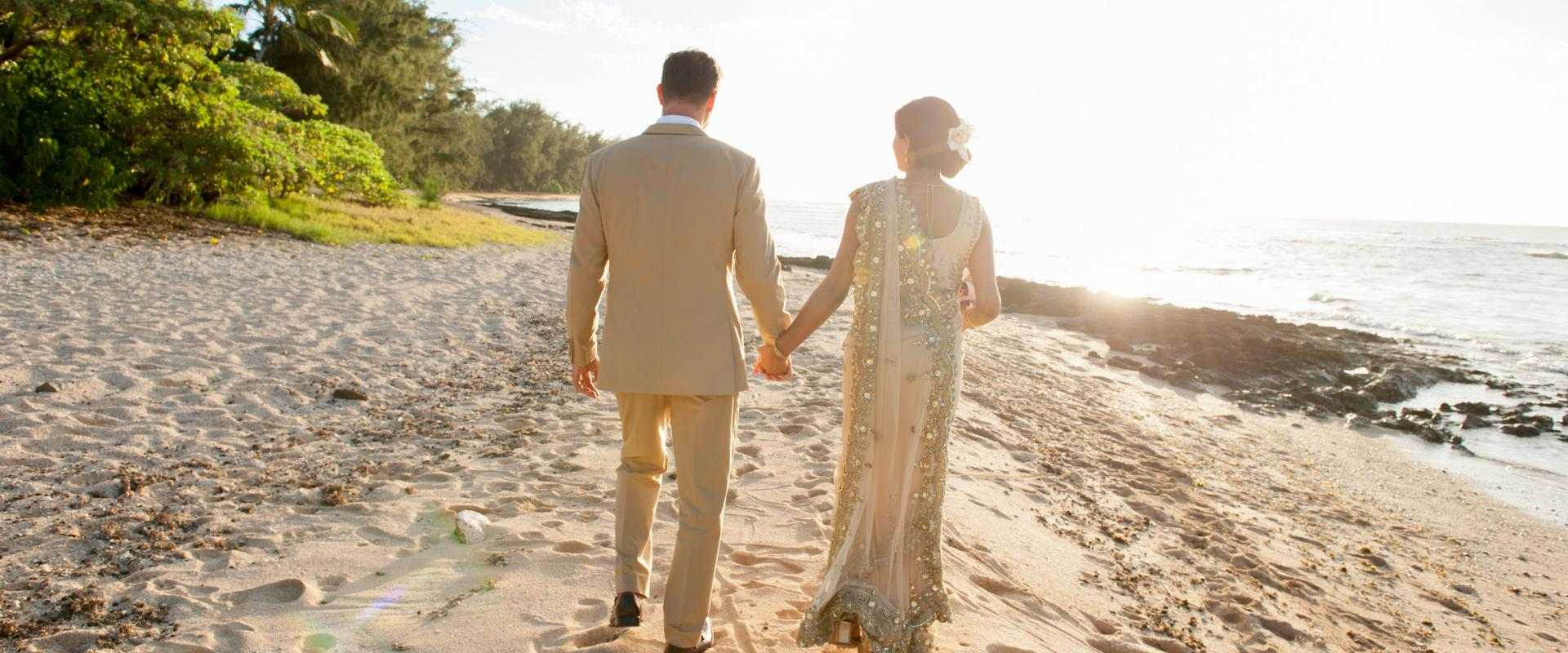 Timeless Modern Tropical Wedding