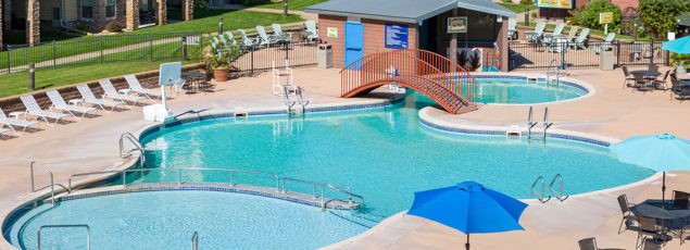 Outdoor Pools & Swim-Up Bar | Bridges Bay Resort