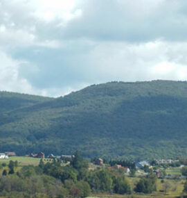 A view of nearby attractions in a neighboring valley