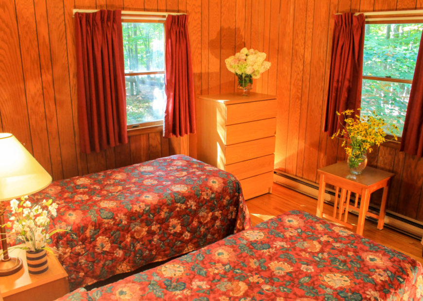 Lodging Cabin 2 Bedroom Bedroom