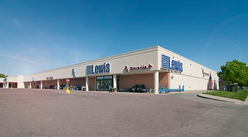 Lewis - 12th St, Sioux Falls - Exterior