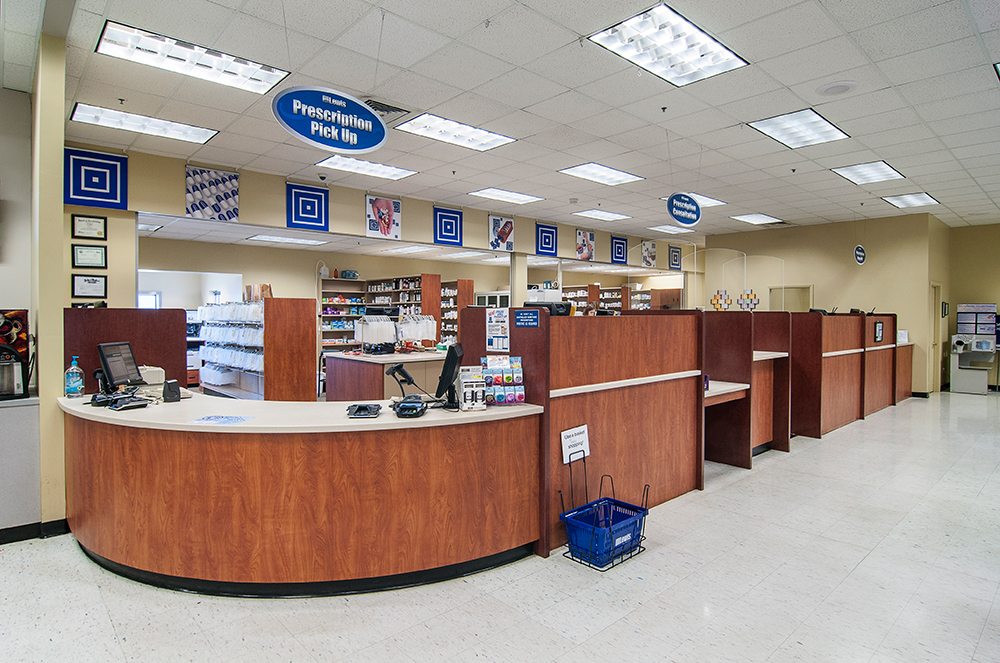 Lewis - 500 41st St, Sioux Falls - Pharmacy