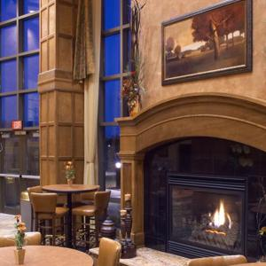 Fireplace Breakfast Area