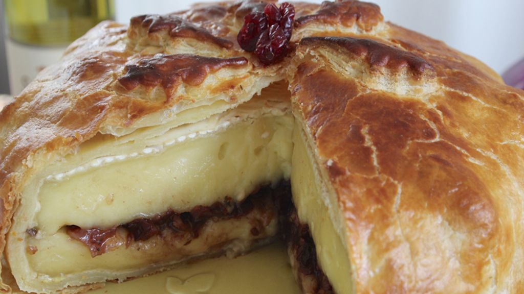 Baked Brie Stuffed with Fennel, Dried Cranberries and Port