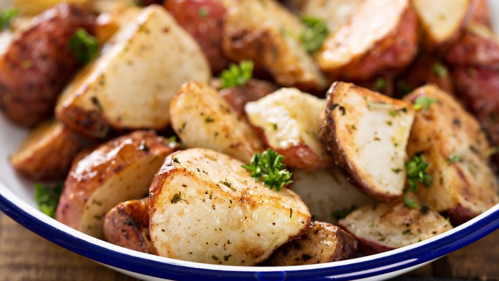 Garlic-Thyme Roasted Potatoes