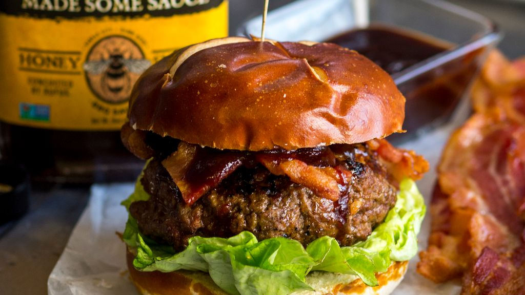 Bacon BBQ Burger