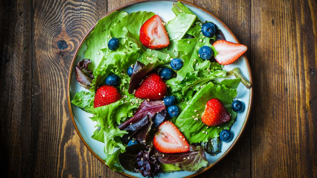 Fruity Summer Salad with Cranberry Pear Vinaigrette