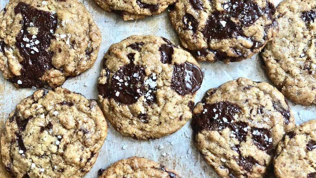 Vegan and Nut Free Chocolate Chip Cookies