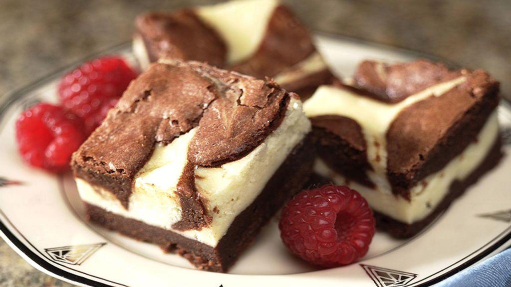 Divine Cheesecake Brownies