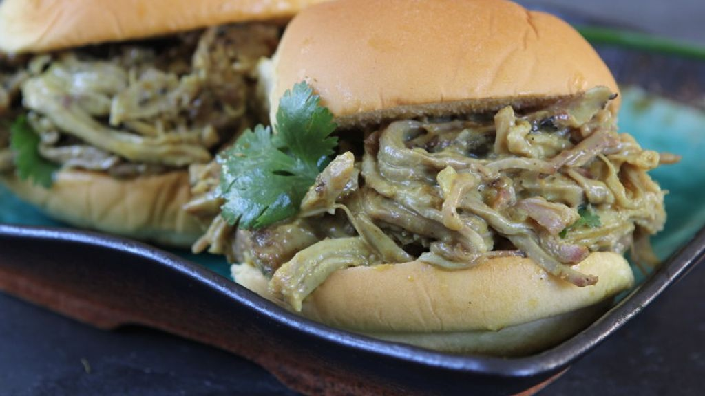Queens Coconut Curry Pulled Pork Sliders