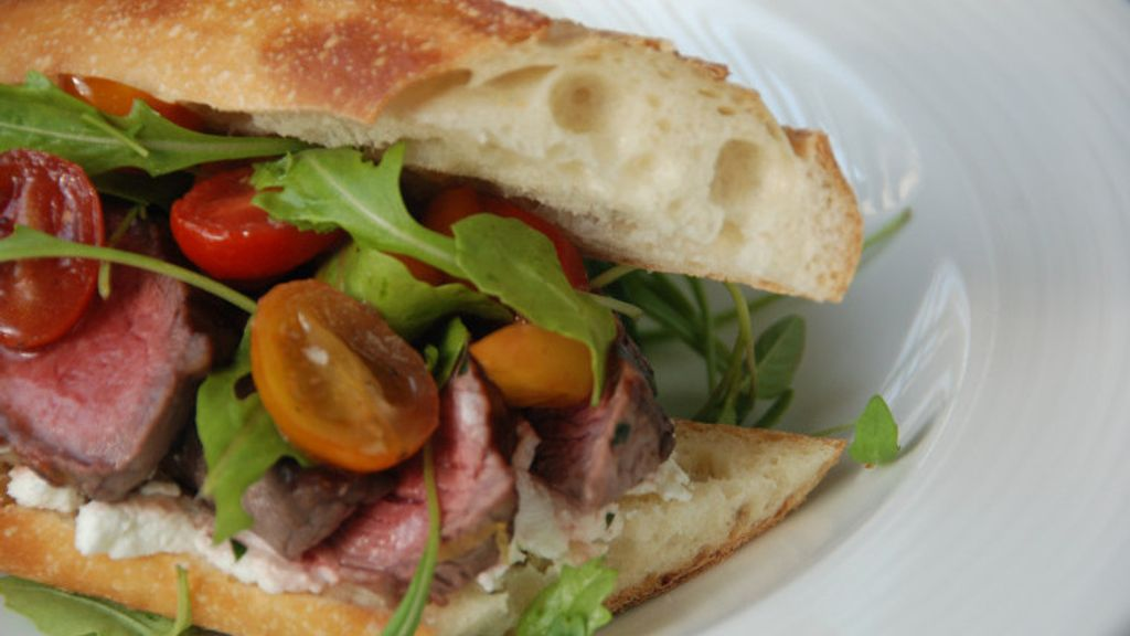 Steak Sandwich with Caramelized Red Wine Tomato Relish