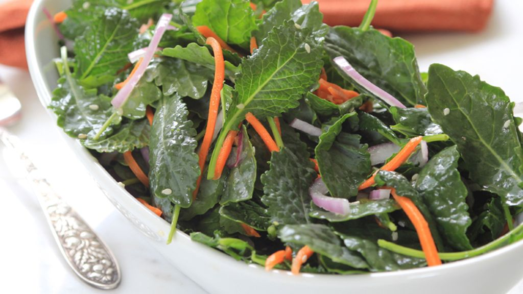 Baby Kale Salad with Peach Tea and Sesame Dressing