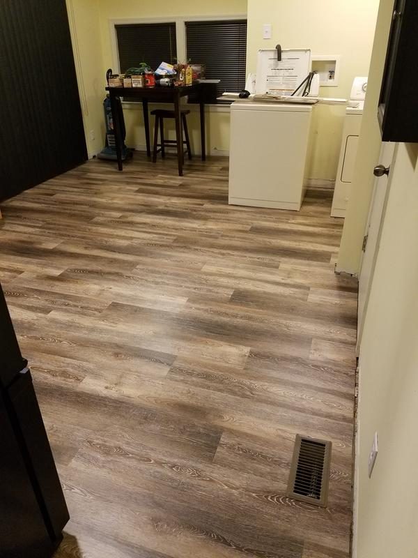 Beachcomber oak evp coreluxe lumber liquidators for Evp flooring installation