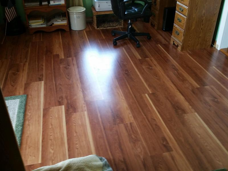 Before and after image for 10mm+pad Hot Springs Hickory Laminate
